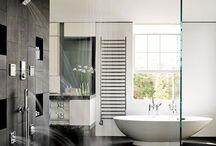 Bathroom / #Salledebain #Salle d'#eau #Douche #robinetterie #Baignoire  #Vasque #Lavabo #Faïencerie #Bain  La salle de bain, de bons moments à passer sous la douche ou dans la baignore avec un bon bain moussant.