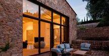 Window / #Fenêtre #Baie #vitrée #Vitrage #huisserie #menuiserie  L'univers de la fenêtre en tout genre. Des fenêtres, des baies vitrées, des huisseries, menuiseries extérieures, façades vitrées, vitrage pour toutes les pièces de la maison.