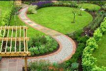 Okrasná zahrada / Rostliny, cestičky, posezení, nápady
