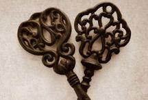 O  ❤*❤*❤  Old Locks, Keys and Handles