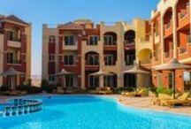 قرية لاسيرينا بيتش, العين السخنة بمصر / يقع على الكيلو 106 طريق الزعفرانة بعد فندق بورتو السخنة بـ مسافة 20 كم