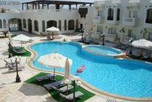 فندق اورينتال ريفولى, شرم الشيخ بمصر / يقع فى خليج نبق و هو على بعد 15 دقيقة عن مطار شرم الشيخ الدولي