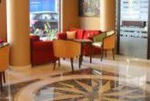 فندق سيزار بارك, الحمرا بلبنان / يقع في قلب مدينة الحمرا بشارع مدام كوري