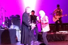 Air Supply Concert / Air Supply with characteristic charisma to a sold out crowd on January 25, 2014.