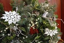 Christmas wreath and table decorations