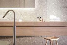 Mobiliario de baño | Bathroom fittings / Selección de muebles para el cuarto de baño | Mobiliario para cuartos de baño | Encimeras para lavabos | Muebles de baño a medida  | Muebles bajo lavabo | Armarios para el cuarto de baño