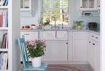 kitchens l like / #kitchens #whitekitchencabinets