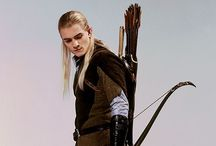 Lord of the Rings / (legolas<3)