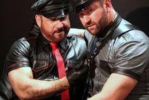 Leathermen / Hot sexy men in leather gear