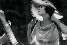 fashion hats / by Primero se viste el alma