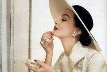 El Baúl Vintage / Años 50s y mas... Objetos o accesorios que presentan cierta edad. No antiguos / by Carmen Sanchez
