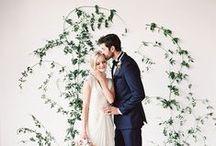 * Wedding greenery * / Wedding styling thema, samengesteld door Oh Happy Day. www.ohhappyday.nl