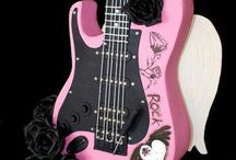 Guitar Cakes / For Theresa Www.thebigdayplanning.com Www.hostesspro.co.za Crafts and Sugar Crafts