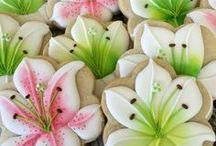 All About Cookies / Decorating ideas and recipes for cookies.