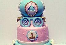 MeMe's Cakes Pins / Custom Cakes, Tutorials, & Tips  from MeMe's Cakes. Join me over at http://memecakes4u.com