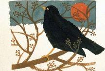 vogels / De koekoek koekoekt en de wielewaal wielewaalt.  De tureluur tureluurt en de tjiftjaf tjift en tjaft. Ook in de natuur zijn er die zijn wat ze zeggen. (Geert De Kockere) / by hilde herpelinck