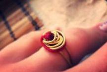 Rings Rings Love Rings / Handmade rings from goldenplated wire