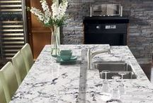 Kitchen Inspiration Gallery / Best uses of Cambria Quartz, Neolith Sintered Compact Surface, Granite, and Marble for kitchen countertops and islands.