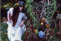 Lady of the Woods / Women in woodlands