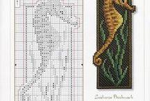 Cross-stitching / borduren