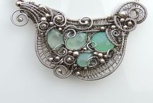Wire wrapped treasures / Wire wrapped jewellery and wire art objects, DIY and tutorials, inspiration ideas for wire work,