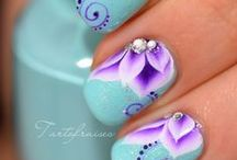 nails / by Jane Hawkinson