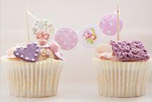 Keep calm and bake Cupcakes! / Cupcakes / by Karen McNew