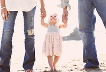 Family Photos / Family Pictures, Ideas, and Poses We Love!