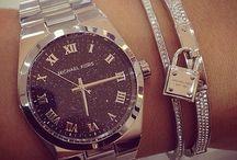 accessories /