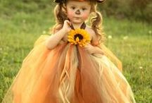 Homemade Halloween Costumes / Great ideas of all kinds to make your own Halloween Costumes for your family and friends.