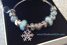 Winter Wonderland 2013 Collection / The first snowflake of the season kisses you on the nose as you wait for it to melt before clearing it with your mitten. Winter is filled with holiday cheer and timeless tradition. Commemorate those memories on your PANDORA bracelet.