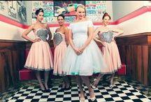Rockabilly bridesmaids / koszorús lány ruhák méretre készítése www.ticci.hu rockabilly bridesmaids pinup bridesmaids