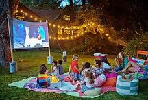 THE STAY-IN DRIVE-IN: Backyard Movie Night / Creative ideas for a backyard movie night from setting up to serving fun concession snacks!