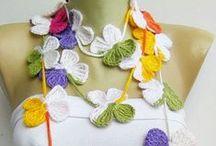 Crochet - Cowls, Ponchos,  Scarves, & Shawls. / by Marianella Ramos Cotto