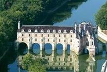 Vallée de Loire / Les chateaux, les villes, les jardins - castles, towns and gardens.