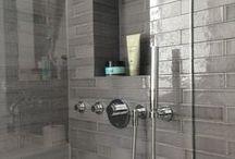 Glazen douchedeuren / Glas in je badkamer: stijlvol en praktisch.