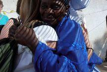 17/01/14 trip naar Gambia / 17/01/14 ben ik met mijn familie een week door Gambia getrokken. Mijn oom en tante werken al jaren aan een project en dit jaar komen wij eens op bezoek..wat een indruk gaf dat land me, Saikou de jongen die m'n oom en tante al heel lang kennen heeft nu ondertussen een internet cafe waarmee hij het gezin kan onderhouden. We hebben zoveel mensen ontmoet in zo'n korte tijd..echt bijzonder hoe gelukkig ze met elkaar zijn! Top week