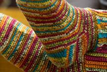 Crochet | Socks / A collection of free and paid crochet patterns and inspirations.