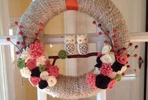 Yarn Wreaths / Find ways to use up your scrap yarn by looking through these crafty inspirations.