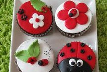 Cupcake Ideas / by Cori Hamstra