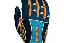 2014 MLB® Insanity II / Using the world's finest Pittards leather, the Insanity II series features many of Franklin's batting glove technologies from the versatile floating thumb to expanded flex points for ultimate comfort.- See more at: http://franklinsports.com/shop/insanity-ii