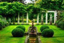 Gardens / by Mariah Baker