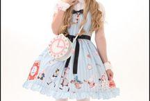 Lolita / Lolita dresses and style.