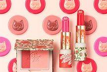 cat motif cosmetics / 猫モチーフのコスメ