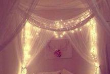 • Casa: Habitaciones · Logelak · Bedrooms •