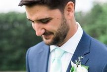 Wedding Boutonniere / Dapper boutonnieres and wedding flowers for every season. Visit us for more groomsman ideas: https://www.thegroomsmansuit.com