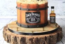 Grooms Cake Ideas /  A well-designed grooms cake is sure to serve as a conversation piece for the wedding party. Let the groom's personality shine through with these grooms cake ideas. #weddingcakes Visit us for more wedding ideas here: https://www.thegroomsmansuit.com