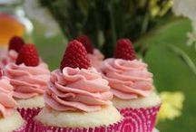Cupcakes / Cupcakes..love them!