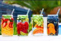 デトックスウォーター / 冷水に果物を入れてつけておくだけ。デトックスや免疫力アップにも効果ありとのことで、注目されています!