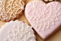 Icing Cookies / アイデア次第で色々なデザインを楽しめるアイシングクッキー。デザインのアイデアをボードに集めてみました!
